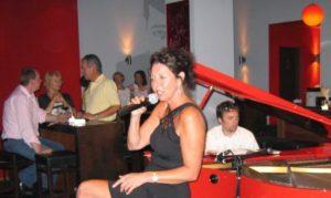 Judy Rafat - live